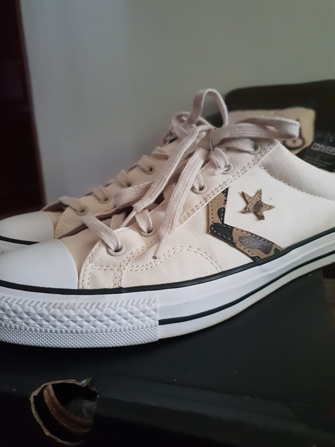 5b2a375b79f Pre loved Authentic Converse Star Player OX Parchment Shoes
