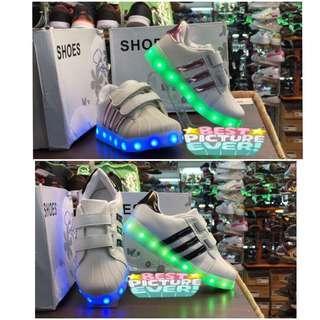 Sepatu LED Adidas Stripe Anak Murah - Sneakers Lampu Led Ads Strip - Sepatu Kets Adidas Lampu Dewasa - Sepatu Lampu Disco Kelap Kelip Dancer Dance Panggung - Sepatu Penari