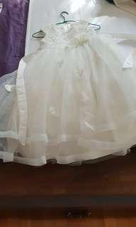 White flowergirl dress