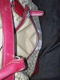 Authentic COACH SHOULDER/HANDBAG w/ dust bag