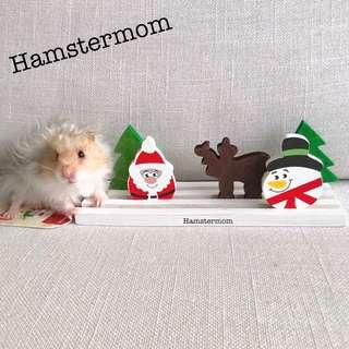 Rosewood 3D Christmas Scene Nibble Hamster Chew Toy