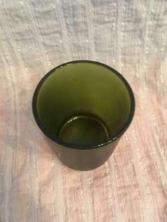 🚚 Simple frosted glass cup-style candle holder, green