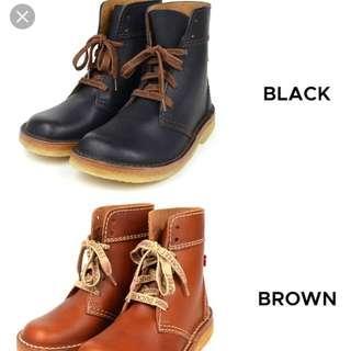 Duckfeet Women Real Leather Boots (Black)