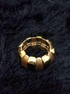 Gold Bulk Bracelet
