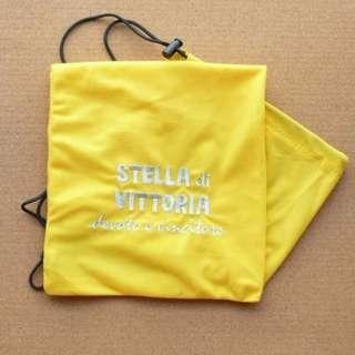 獨家 黃色 SdV羽毛球或壁球拍絨布袋 特價清貨 一減再減 原價$35 特價$30 * 只餘少量