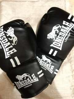 LONSDALE WOMEN'S BOXING GLOVES
