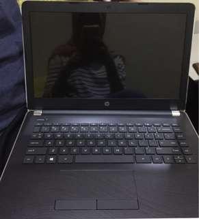 Laptop HP 14-bw015AU