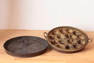 Vintage Brass Kuih Bahulu Mould