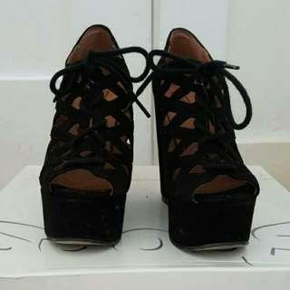 BRAND NEW Black Suede Wedges