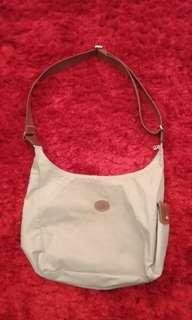 Longchamp slingbag size M preloved