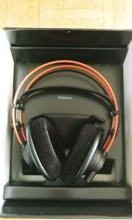 AKG k712Pro Headphones made in Austria