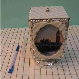 歐風音樂盒旋轉相框