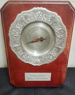 Tumesek Pewter clock