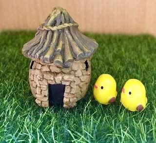 Terrarium Accessories / Terrarium Cottage Hut / Terrarium House / Minature House / Minature Cottage