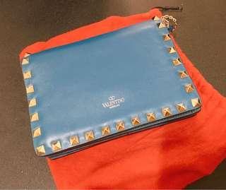 Valentino 藍色鍋釘長鏈斜挎手拎包