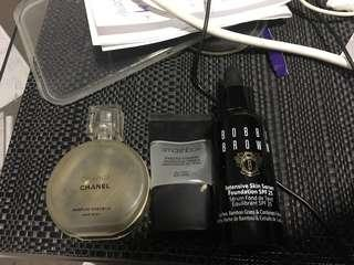 Chanel hair perfume smash box primer Bobbi brown foundation serum