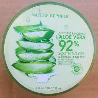 Nature Republic Soothing and Moisture Aloe Vera 92% Soothing Gel (300ml)