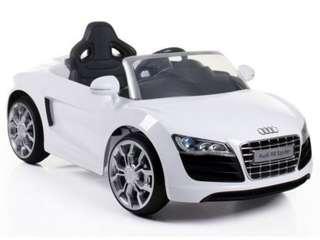 Audi R8 奧迪搖控電動車 兒童電動玩具 可搖控 聖誕節 耶誕禮物 生日禮物