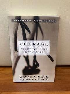 🚚 COURAGE BOOK