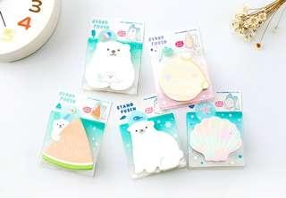 Cute Winter Polar Bear Sticky Note / Post it / Memo Stand