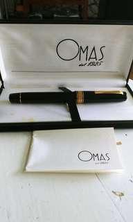OMAS Extra Fountain Pen 18K gold nib
