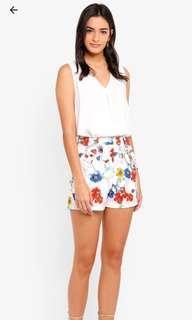 [BNWT] Ruffle Pocket Detail Shorts