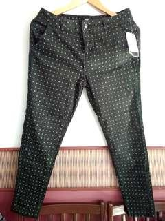 BNWT Olive Green Skinny 3/4 Patterned Jeans