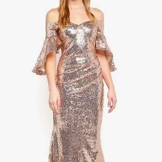 (For rent) Elegant Gold Sequin Off-shoulder Gown