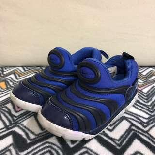 🚚 NIKE/毛毛蟲鞋/15cm