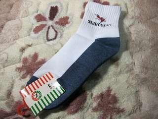 🚚 SHIBORDIN紅螞蟻白色深藍色底短襪