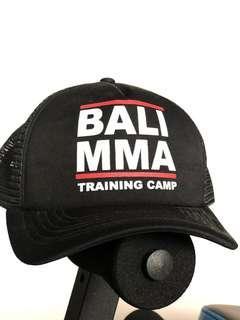Topi Bali MMA