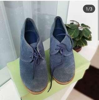 Sepatu Lacoste authentic