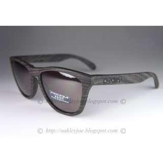 a20ffa5b35 BNIB Oakley Frogskins woodgrain + prizm daily polarized oo9013-89 sunglass  shades