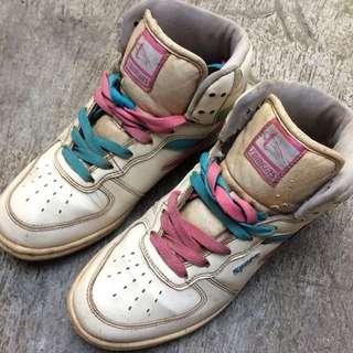 Dijual Sepatu Tomkins original