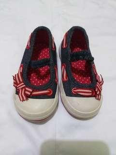 Sepatu MotherCare size 3