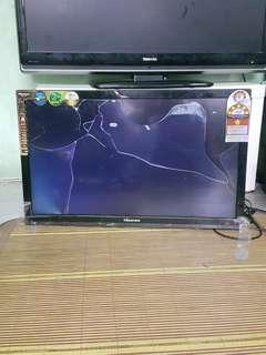 Faulty LED tv Hisense for sparepart (lcd pecah)