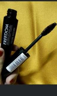 Freedom volume mascara maskara revolution