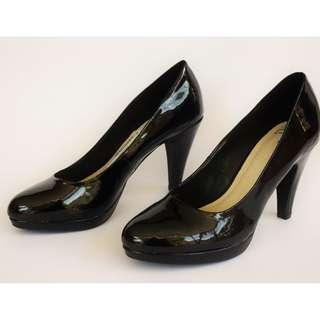 Clarks Patent Leather Platform Heels Court Shoes Black UK Size 5