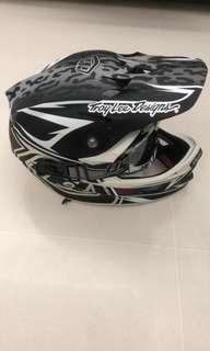 Troy Lee Design D3 composite full face helmet