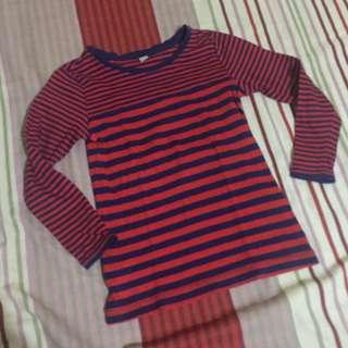 Uniqlo girls top
