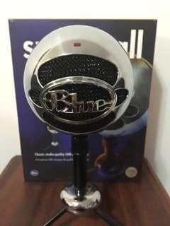 'Snowball' USB microphone/recorder by Blue Microphones