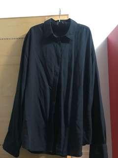 Uniqlo 黑色襯衫