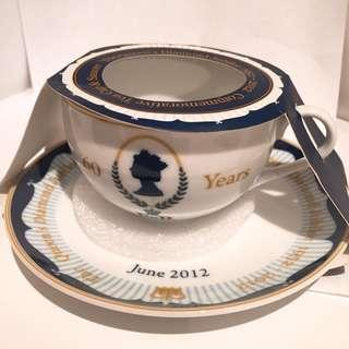 英國女皇頭茶杯一套 The Queen's Diamond Jubilee tea cup and saucer