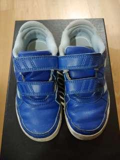 Boy Adidas shoes UK11