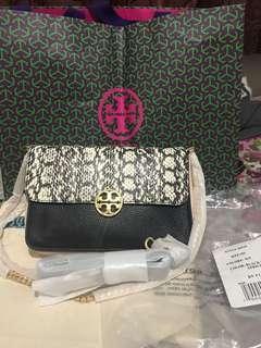 Tory burch chelsea snake bag, new lengkap db, pb, receipt plaza indonesia