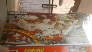 Mega Rig -Powered space based toys