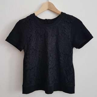 GG<5 (GG5) black top with lace