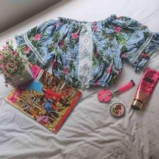 FOREVER 21 - Plain or Printed Floral Crop Top  or Sky Blue Loose Balloon Short Sleeves Sexy Stretchable Blouse with Garter ( can be for casual attire / summer style cute sossy elegant classy wear )