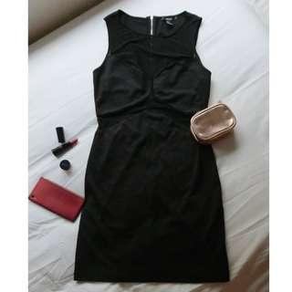FOREVER 21 - Plain Black Sleeveless Sexy Fit Dress or Classy Elegant One Shoulder Stretchable Short Bodycon ( can be for smart casual / semi formal / office work inner attire / winter style / night or evening party event wear )