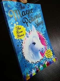 The Magic Potions Shop: The Silver Horse (children book)137pages 兒童圖書/小說